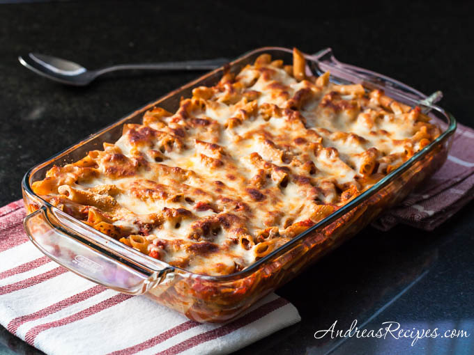 Baked Penne with Tomatoes and Mozzarella