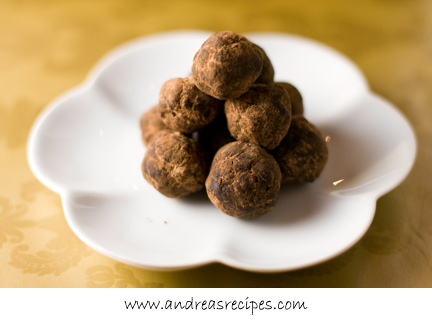 Andrea's Recipes - Bourbon Balls