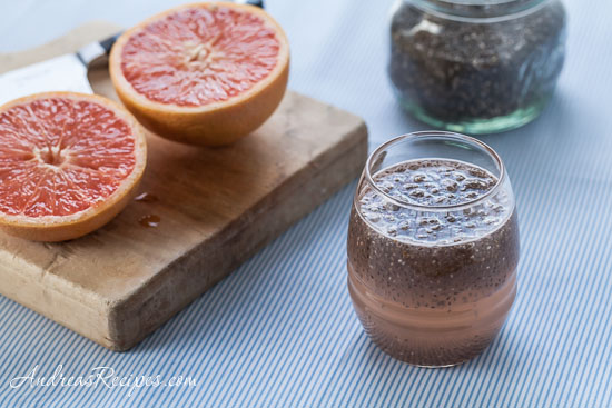 Grapefruit and Chia Drink (Chia Fresca con Toronja)
