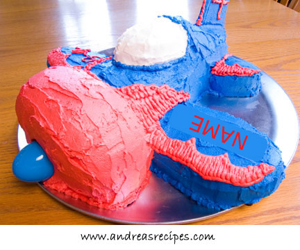 Airplane cake, front