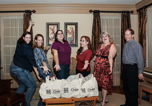 Andrea Meyers - Getting our gift bags after much food and wine (Frank Stoehrer, photographer)
