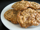 Andrea's Recipes - Chewy Oatmeal Cookies with Almonds and Toffee Chips