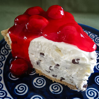 Grandma's Retro No-Bake Cheesecake