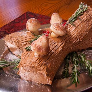 The Daring Bakers Make Buche de Noel (Yule Log Cake)