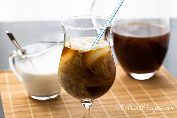 Low Sugar Thai Iced Tea Recipe - Andrea Meyers