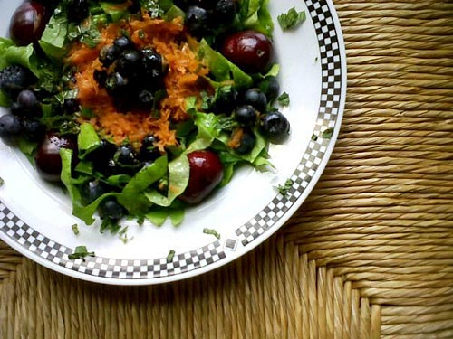 Sustainable Cooking for One - Green Salad Chiffonade with Blueberries