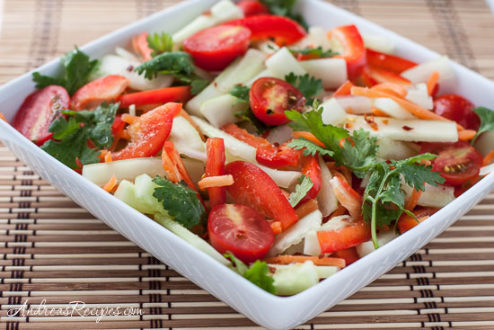 Cucumber Salad Recipe with Tomato, Bell Pepper, and Spicy Thai Lime ...