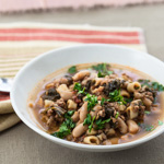 Tuscan Cannellini Beans Recipe With Mushrooms Spinach And Pesto Andrea Meyers