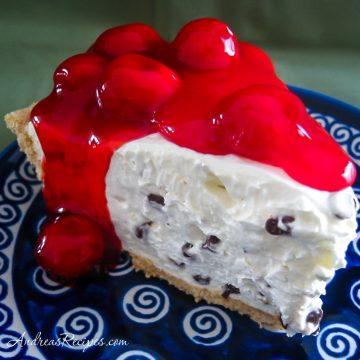 Grandma's Retro No-Bake Cheesecake - Andrea Meyers