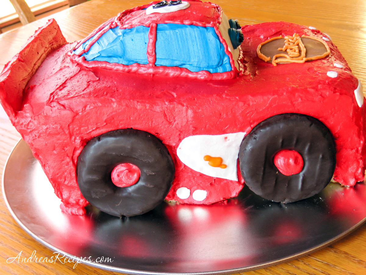 Lightning McQueen Birthday Cake, passenger side view - Andrea Meyers