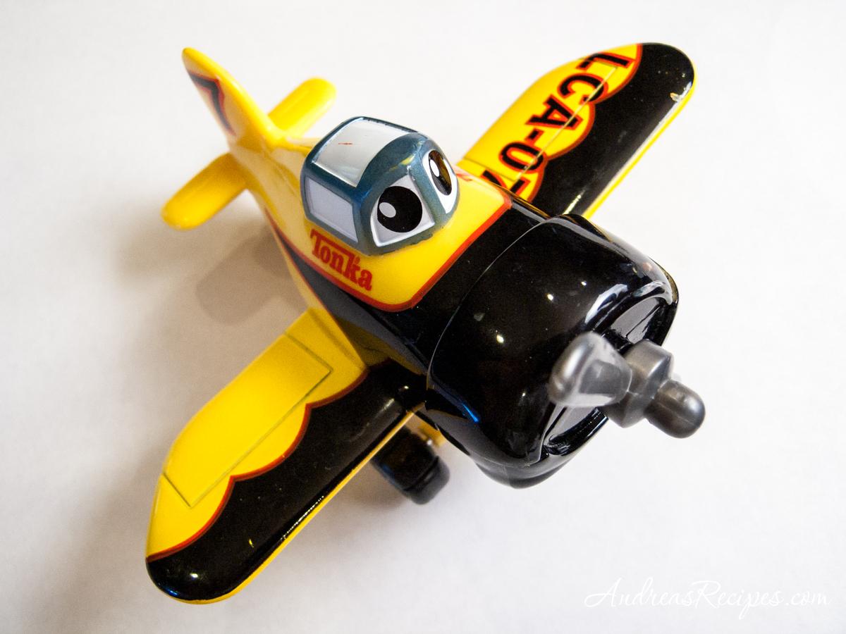 Tonka airplane, black and yellow - Andrea Meyers