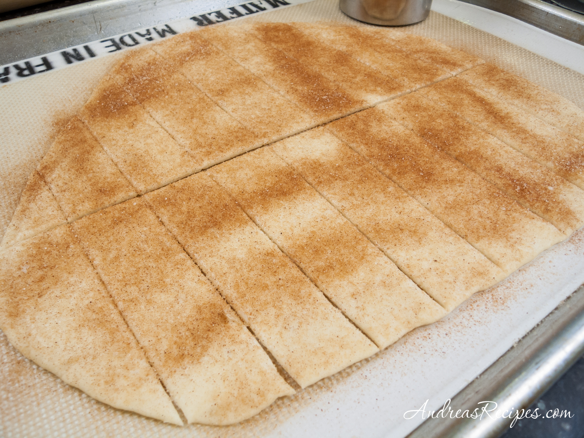 Lavash dough with cinnamon and sugar - Andrea Meyers