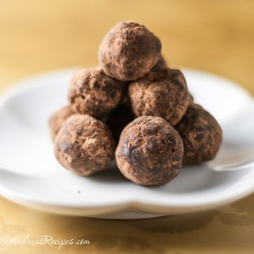 Bourbon Balls - Andrea Meyers