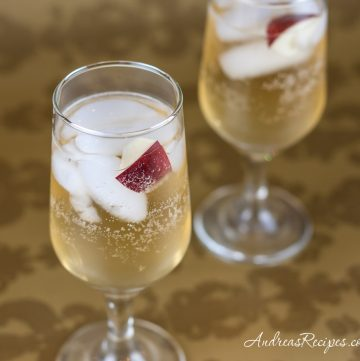 Sparkling Apple Cocktail - Andrea Meyers