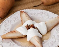 Cider Honey-Roasted Pears with Vanilla Greek Yogurt