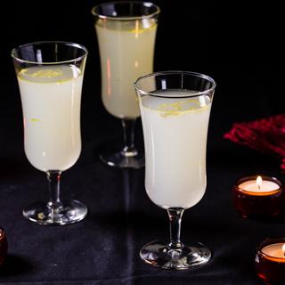 Limoncello Sparkle Cocktail