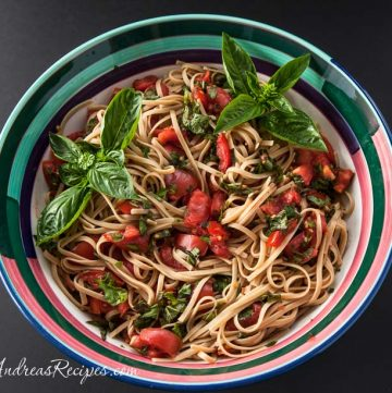 No-Cook Tomato Sauce (Grow Your Own) - Andrea Meyers